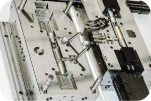 Formenbau von der Firma WFN AG Werkzeugbau Formenbau Feinmechanik Rutzenbach 9652 Neu St. Johann Schweiz